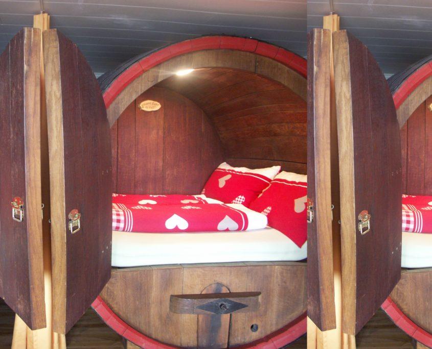 Fässer mit Betten